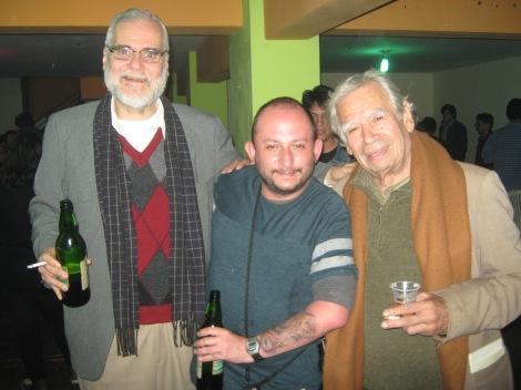 Con Pancorvo e Hinostroza, haciéndole a las chelas en Lima.